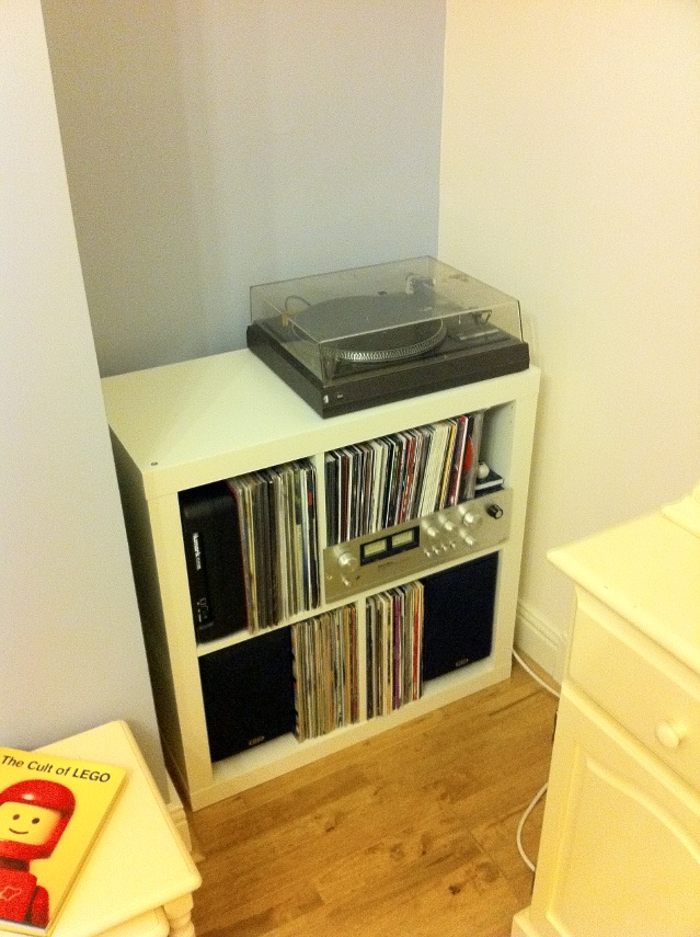 Jmtd log my new record player unit - Mobile hi fi ikea ...
